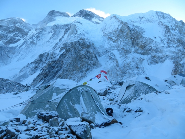 Baza Zimowej Wyprawy na Broad Peak