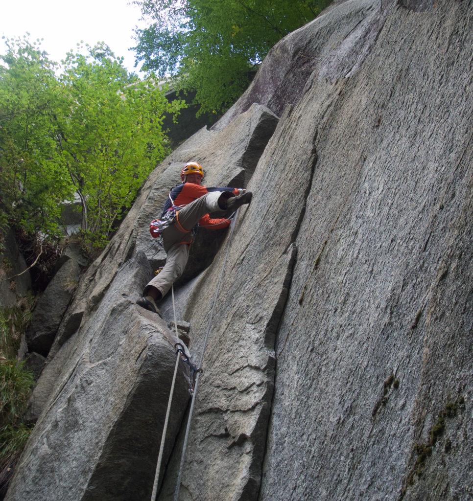 Darek Porada podczas wspinaczki w Cadarese (fot.arch. Dariusz Porada)